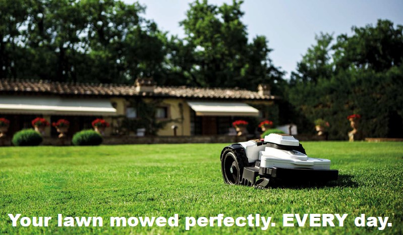 Italian villa with Ambrogio 4.0 Elite robot on green grass with headline.